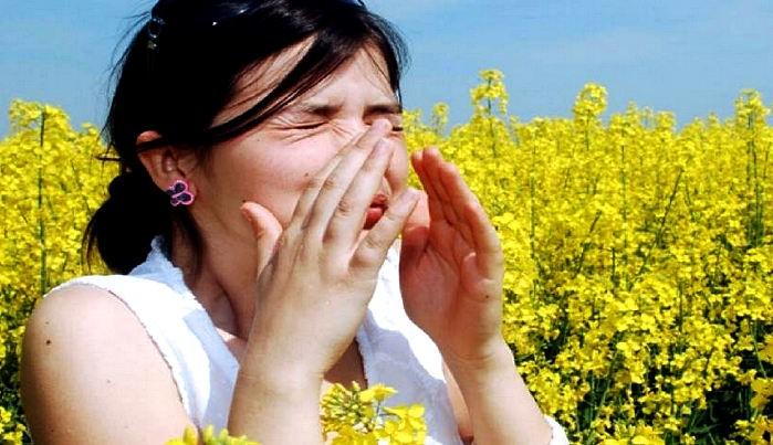 аллергия на глазах отек